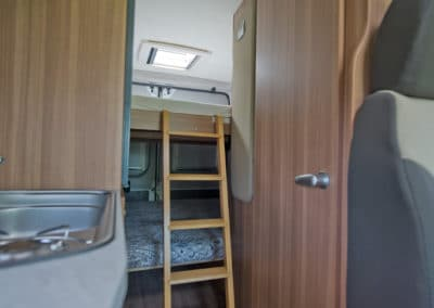 EN-K_Interior_15A_bunkbed-ladder_1080x720